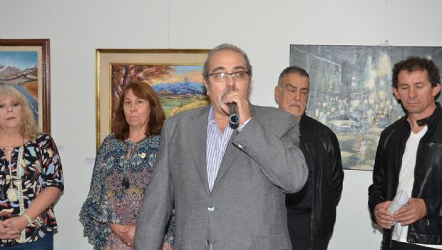 Una vernissage a la italiana